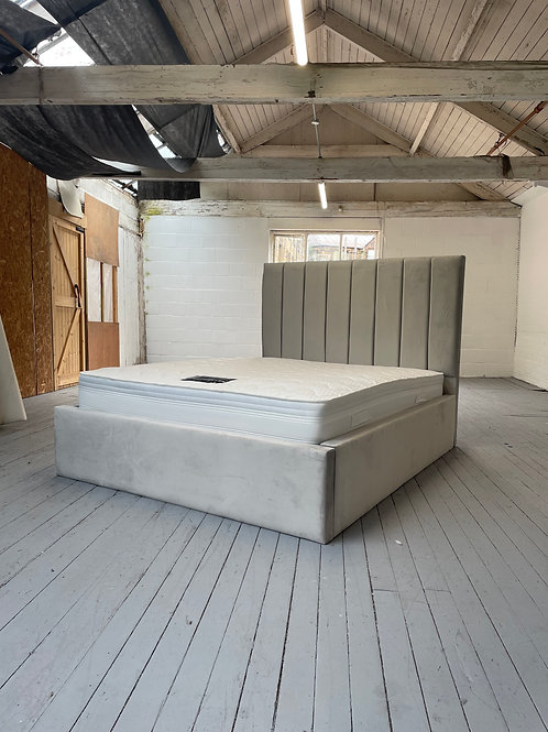 2210 - 5ft King Bed