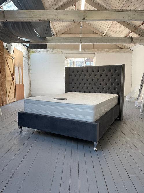 2203 - 4ft6 Wingback Double Bed - Charcoal Plush Velvet