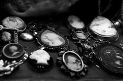 black-and-white-girl-girly-photography-vintage-Favim.com-146673.jpg