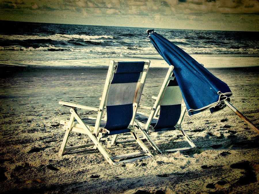 vintage-beach-dwayne-graham.jpg