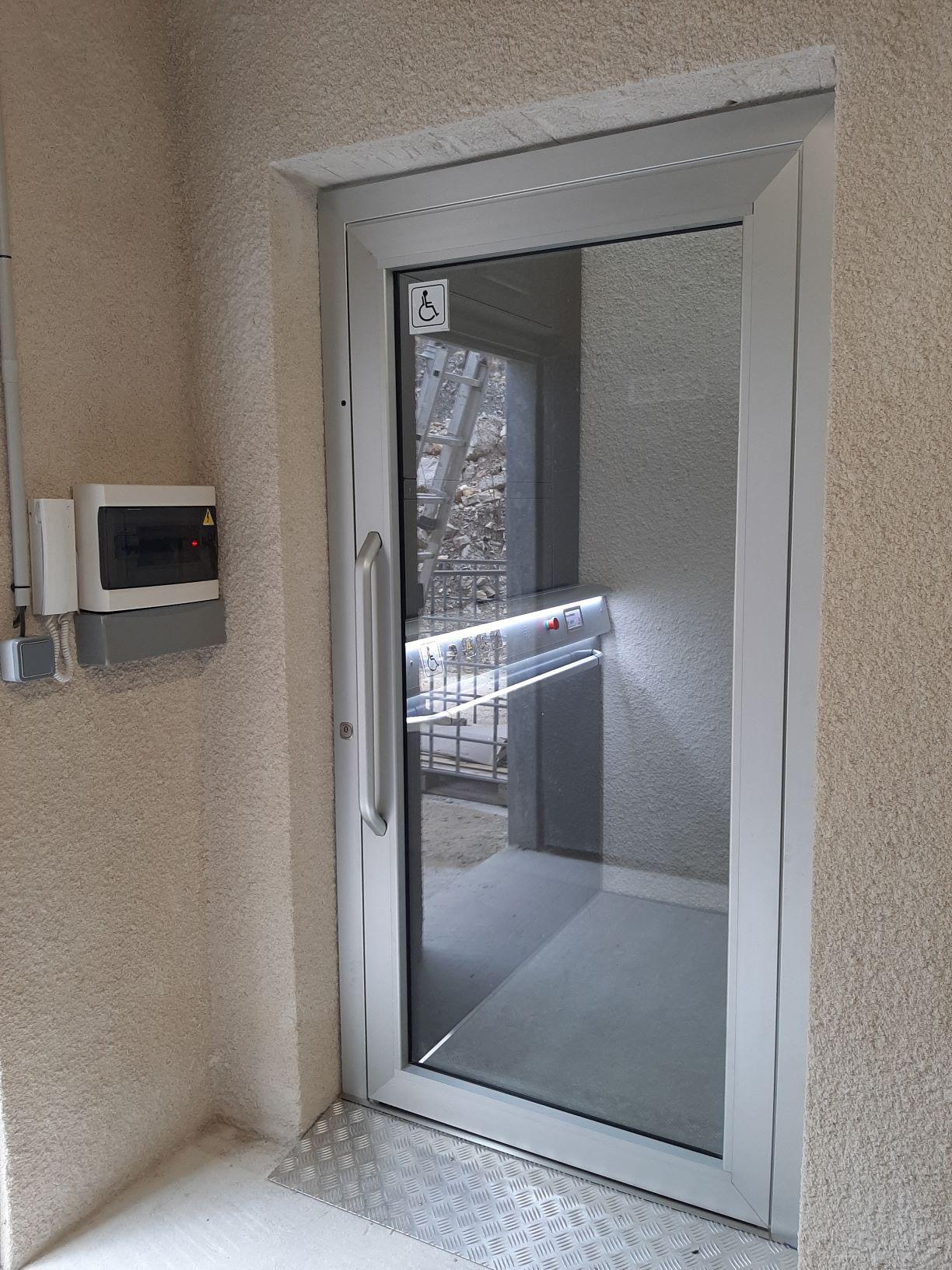 ascenseur PMR.jpg