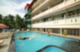 samudratheeram-resort-kovalam-swimming-p