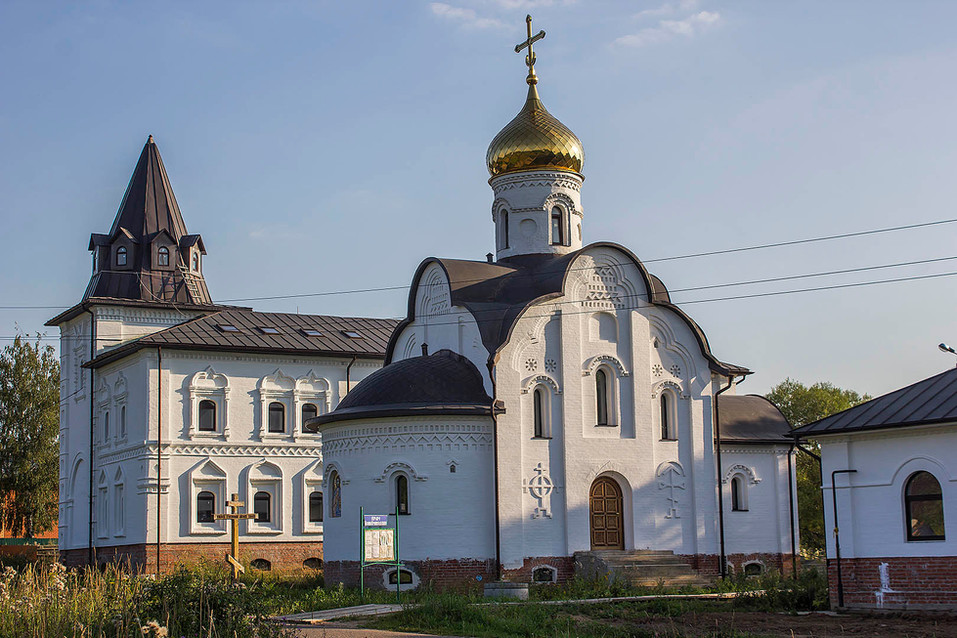 Belye_Stolby-Vsetsaritsa-1.jpg