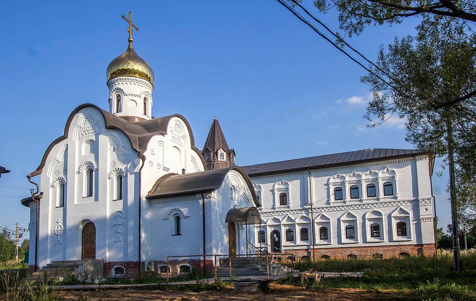 Belye_Stolby-Vsetsaritsa-5.jpg