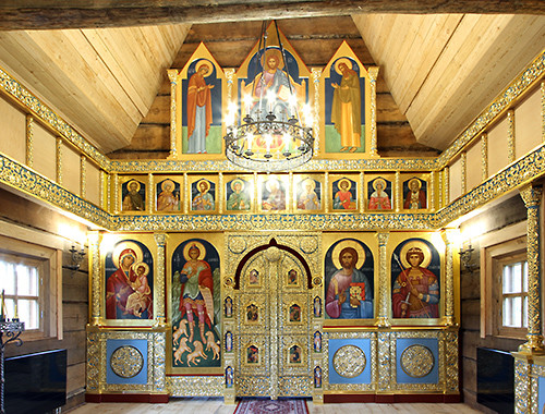Интерьер храма Св. Георгия Победоносца в Кайтайнен