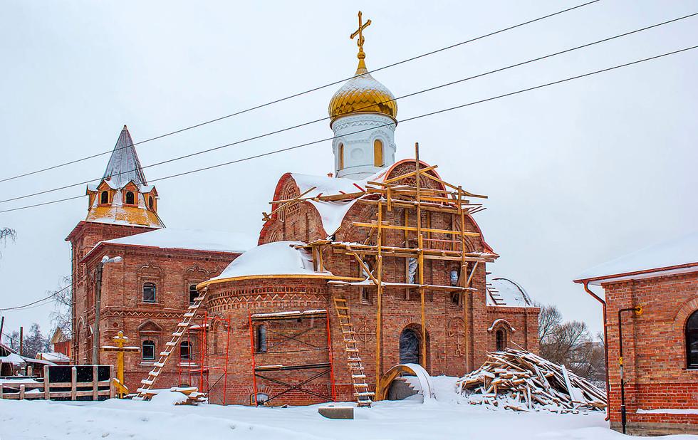 Belye_Stolby-Vsetsaritsa-3.jpg