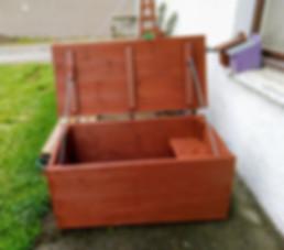 Tack box.jpg