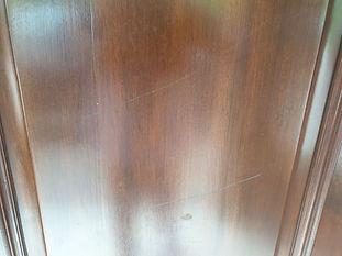 Artwood-French-Polishers-Walnut-Door-Scratch1.jpg