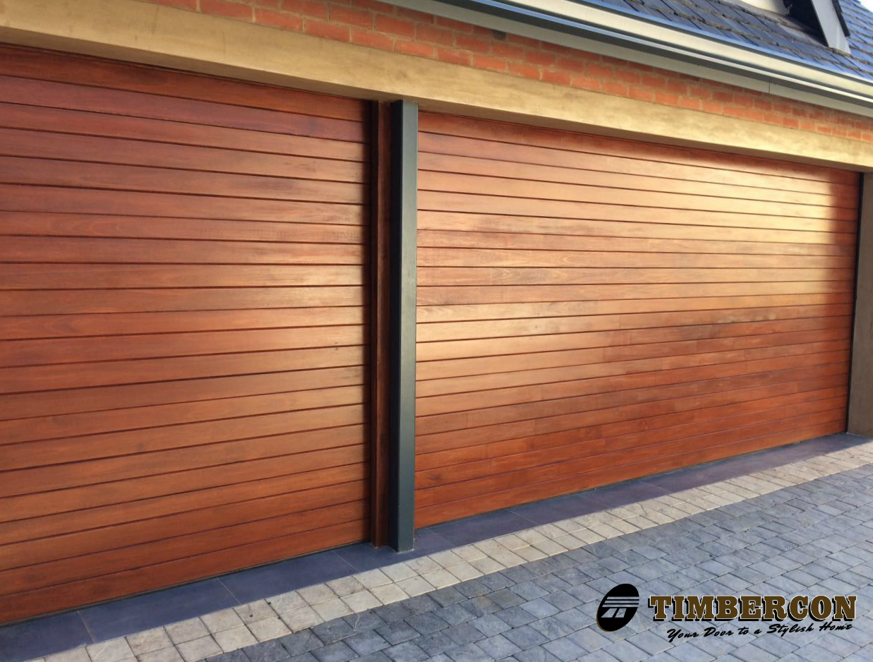 Horizontal slatted timber