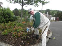Demo Garden work party 2012 (7)