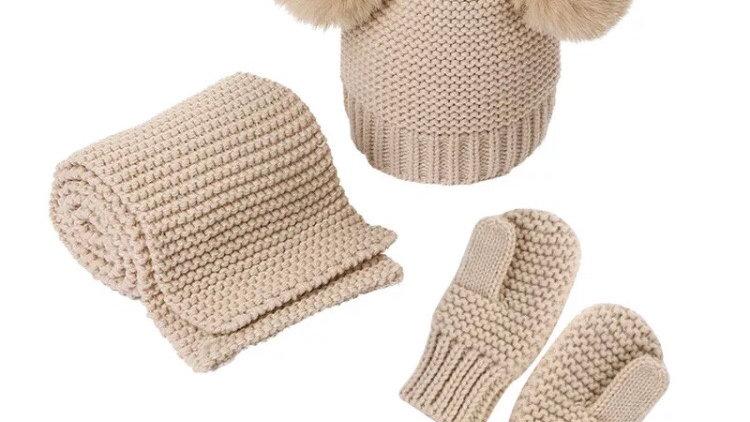Knit beanie set