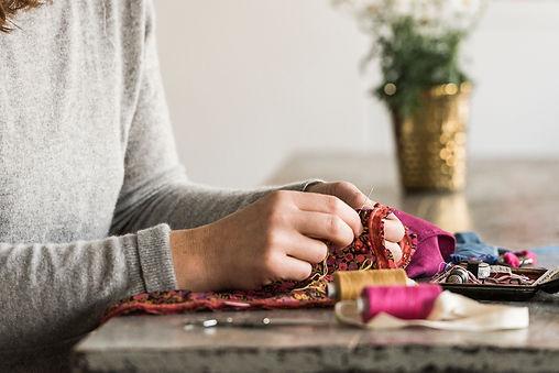 leoniedaligre coussin artisanat tissus vintage teinturevégétale madeinfrance faitmain décoration lifestyle zerowaste