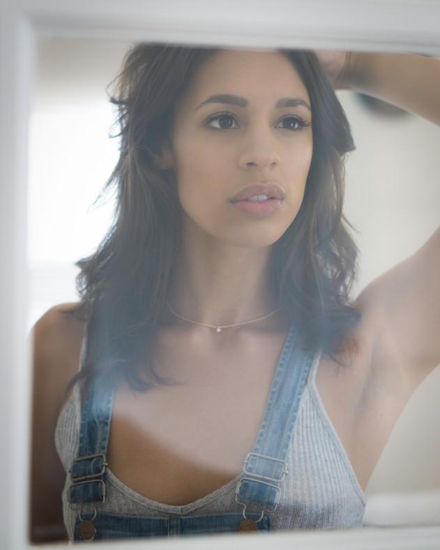 Los Angeles Actress.jpg