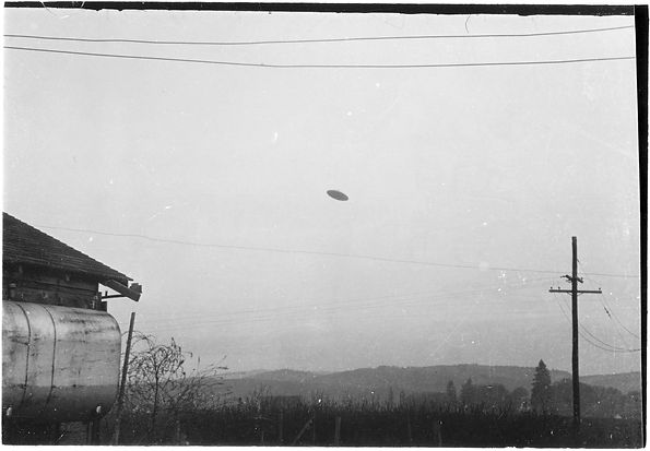 McMinnville/Trent UFO 1