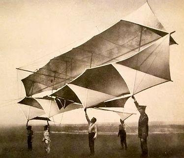 Man Kite 1.jpg