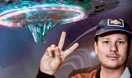 TOMDELONGEUFO, larger, enhanced with Pho