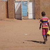 慢性的貧困が続くスーダン