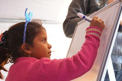 シリア難民の女の子