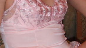ピンクのスリップ