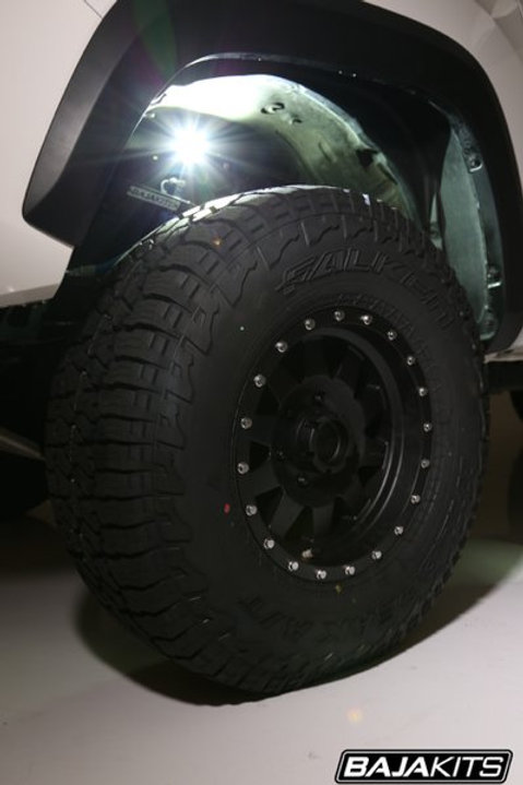 Baja Kit - Toyota Hilux 2005 on Struct Rock Light Mount set