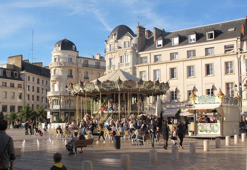 Visiter Orléans - Place du Martroi