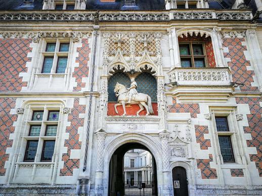 Découvrir le château royal de Blois avec une balade ludique