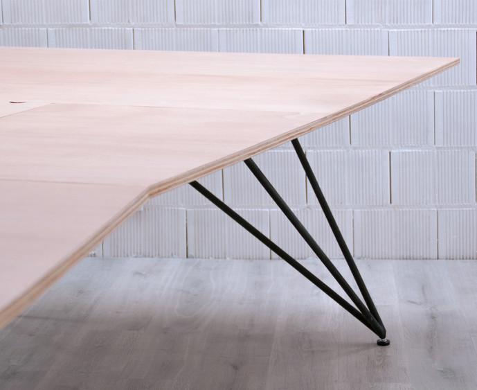 06_premi ajac disseny mobiliari taula ru