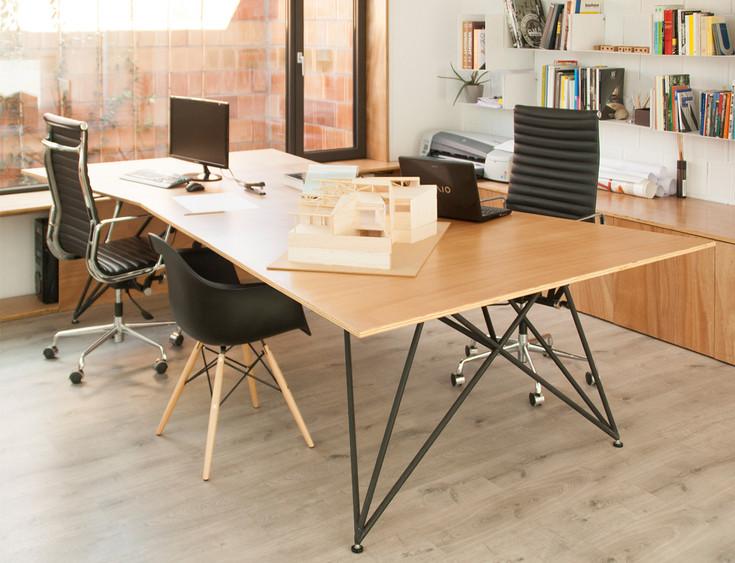 05_premi ajac disseny mobiliari taula ru