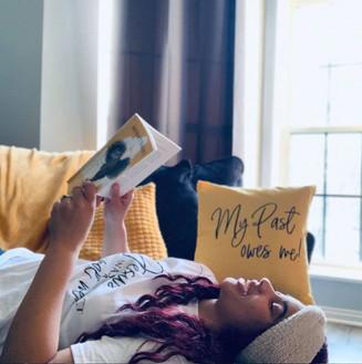 mo pillows.JPG