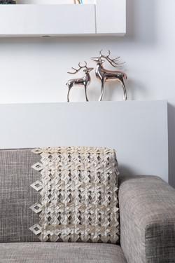 gray-sofa-near-wall-3614086.jpg