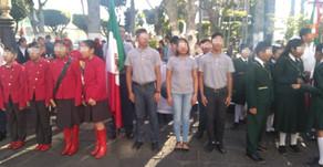 Escuelas Nocturnas en Izamiento de Bandera: Huatusco