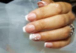 Ricostruzione unghie square frnch e nail art. Desire Nails