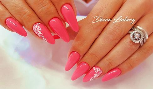 Ricostruzione unghie mandorla e nail art. Desire Nails
