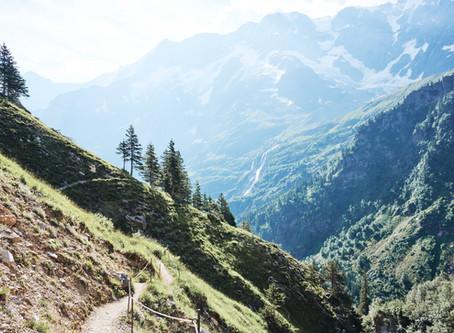Gletscher, Wasserfälle und viel Nostalgie - unsere erste Zweitageswanderung im Berner Oberland