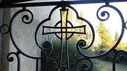 Porte du cimetière de ND de Vie