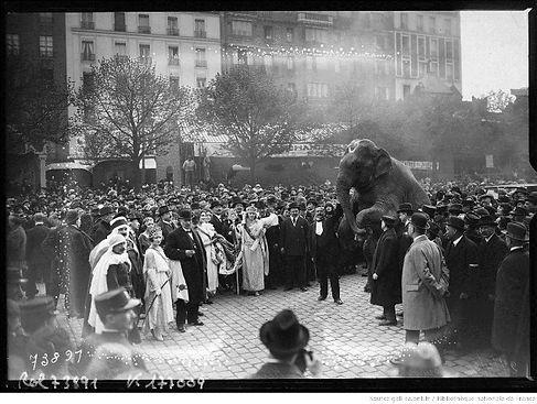 Foire du Trône, Paris 1922.jpg