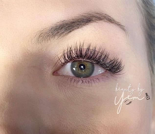 Hybrid lash love •_•_•_•_•www.beautybyye
