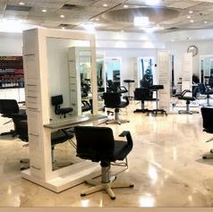 JC Christophers Salon Interior
