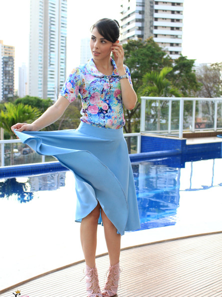 Look do dia: saia azul Saiaria