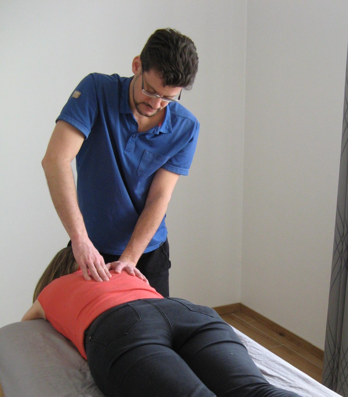Massage amma allongé