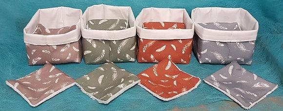 8 lingettes démaquillantes avec corbeille en tissu (motif PLUME)
