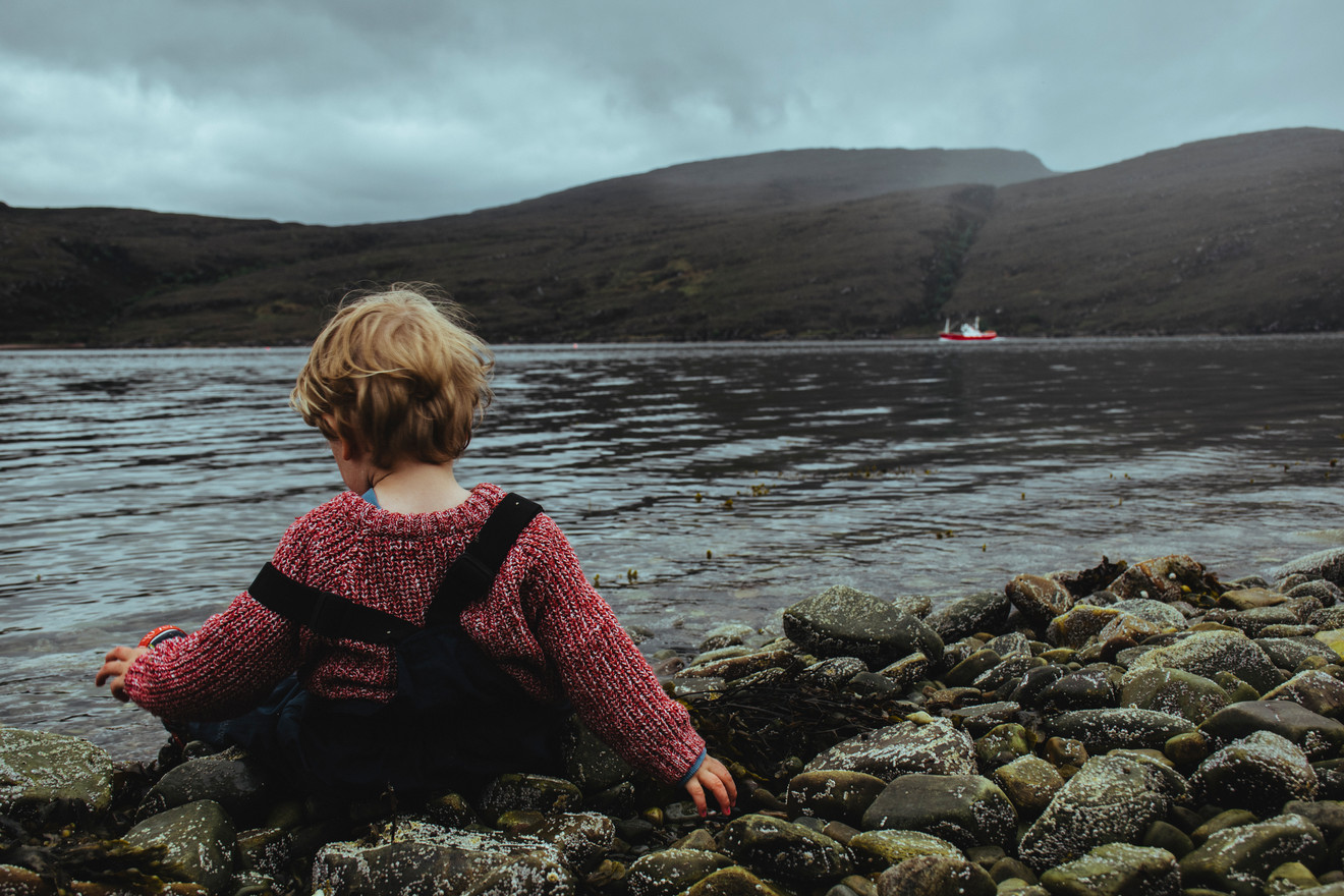 Travelling with Child - Marie Claire Cameron - Ullapool Scotland