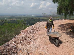 Labores de Limpieza - Vista desde La Mina Cerro Viejo