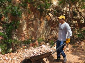 Labores de limpieza en La Mina