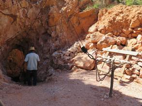 Cueva y Malacate.