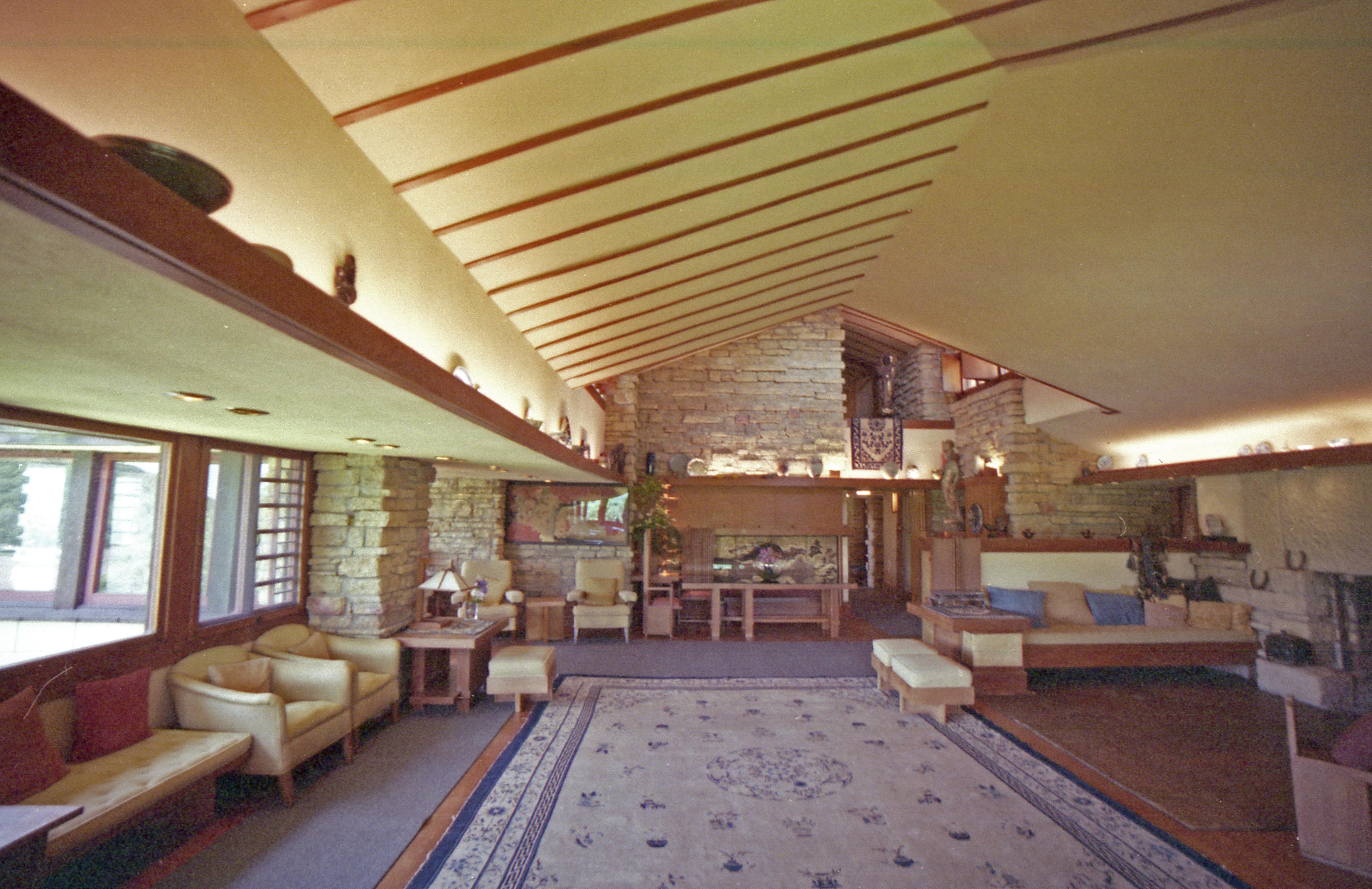 Taliesin (living room)