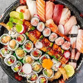 Sushi & Maki Platter (Premium, Small)