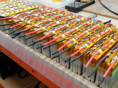 PORTFOLIO-400x300-Soldadura-baterias.jpg