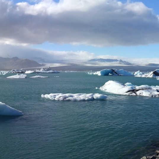 Jokulsarlon Glacier Lagoon - Iceland - p