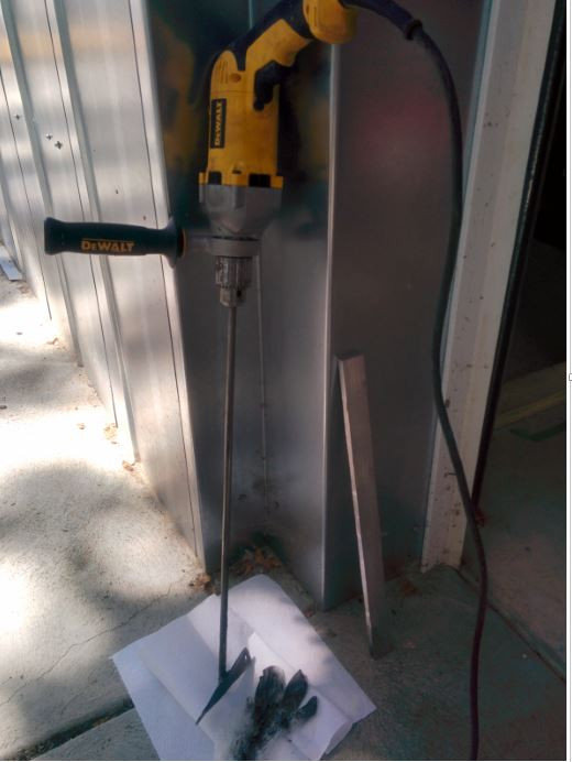 drill and mixing paddle that is used to properly mix epoxy granite